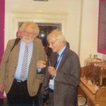 Univ.-Prof. Dr. Anton Zeilinger, Präsident der Österr. Akademie d. Wissenschaften und Dr. Peter M. Schuster im Victor-F.-Hess Raum.